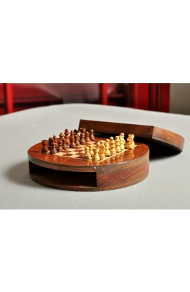 "IMPERFECT - WOODEN MAGNETIC Travel Chess Set - 6"" Circle"