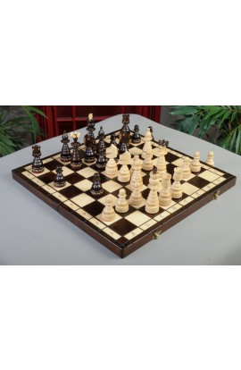 IMPERFECT - The Christmas Chess Set